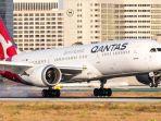 pesawat-boeing-787-9-milik-maskapai-qantas-airlines-yee.jpg