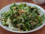 resep-green-salad-with-balsamic-garlic-yos.jpg