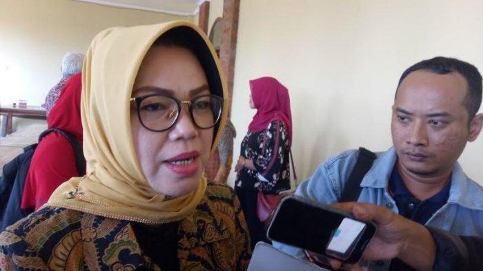 Etik Suryani : Calon Bupati Sukoharjo, Teruskan Kiprah Suami di Bidang Politik