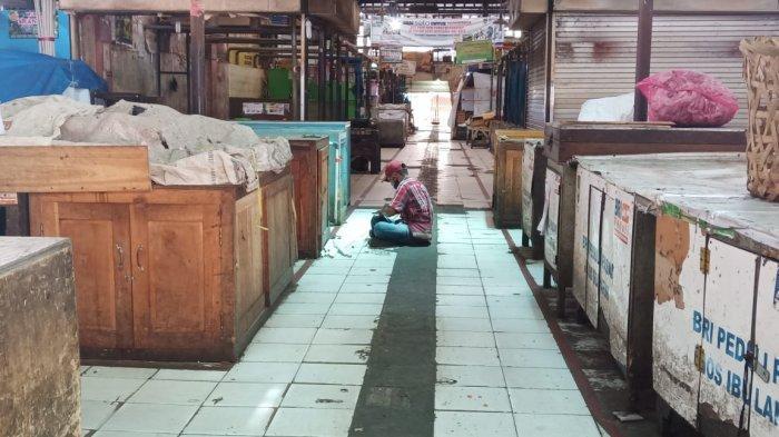Pasar Gede Solo Ditutup : Suasananya Bak Pasar Mati