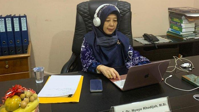 Profil Prof Nyayu Khodijah, Rektor Perempuan Pertama UIN Raden Fatah Palembang