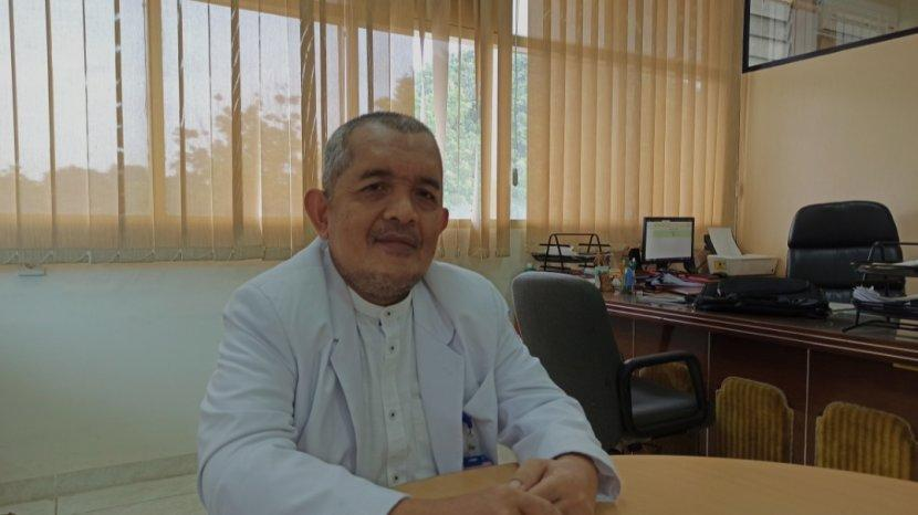 ahli-mikrobiologi-prof-dr-dr-yuwono-m-biomed.jpg