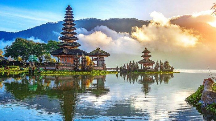 Juni-Juli 2021 Bali Dibuka untuk Turis Asing, Menparekraf: Sesuai Jadwal