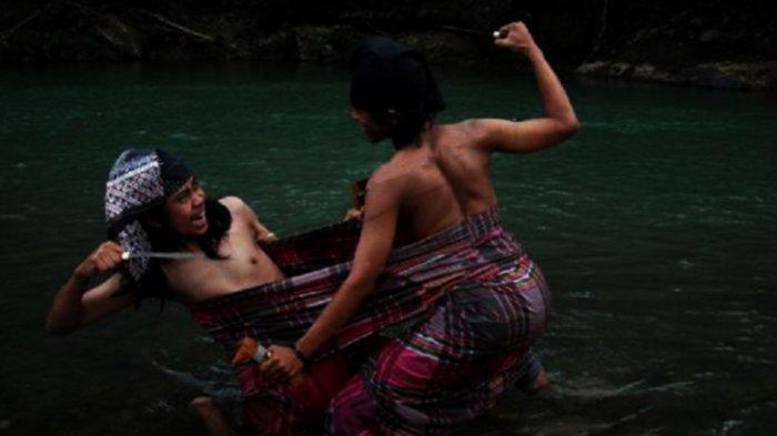 Mengenal Tradisi Sigajang Laleng Lipa, Tradisi  Mengerikan dari Tanah Bugis Makassar