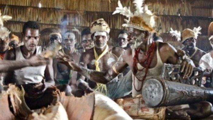 Suku di Papua Ini Suka Berburu Kepala, Ini Alasannya