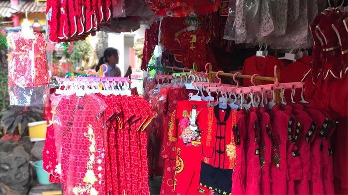 Aksesoris Imlek Sudah Dijual di Kampung Cina Kota Wisata