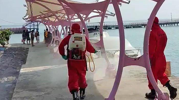 Libur Lebaran Telah Usai, Jembatan Cinta Pulau Tidung Didisinfeksi