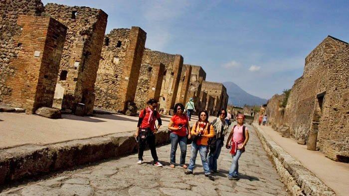 Turis Kanada Kembalikan Artefak Curian dari Pompeii, Setelah Tahunan Mengalami Nasib Buruk