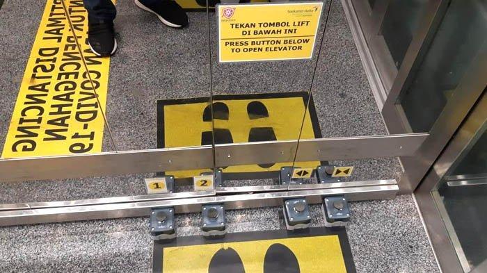 Inovasi Pedal di Lift Bandara Soekarno Hatta untuk Cegah Penularan Virus Corona