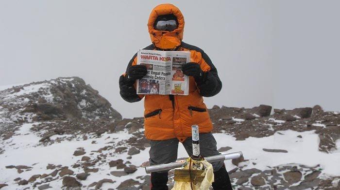 Sepuluh Tahun Pendakian Gunung Aconcagua (5): Tiba di Puncak