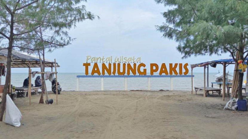 Pantai Tanjung Pakis Karawang Sajikan Pasir Cokelat Gading dan Kuliner Seafood