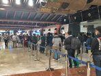 antrean-penumpang-di-bandara-soekarno-hatta-4.jpg
